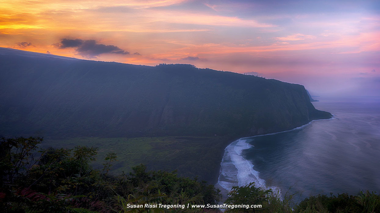 Picture - Sunset Over Waipio Valley